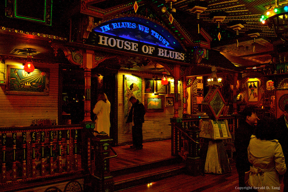 HOUSE OF BLUES BACK PORCH STAGE