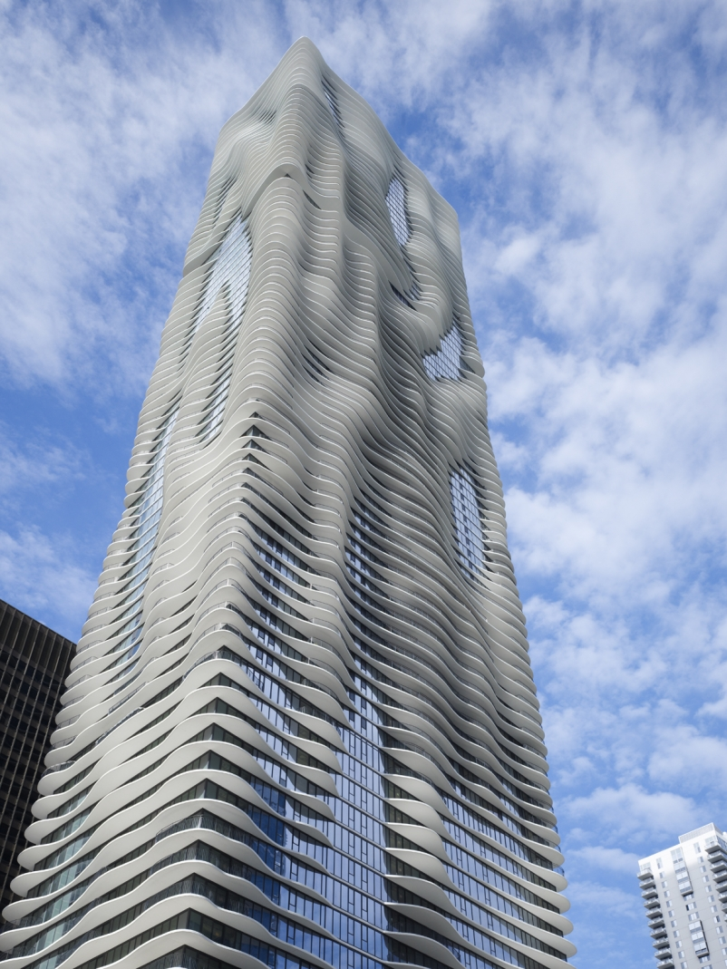 Aqua Tower, arquitectura moderna en Chicago