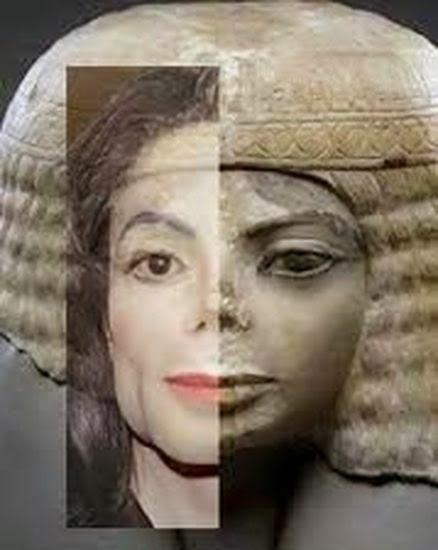 busto egipcio idéntico a Michael Jackson en Chicago