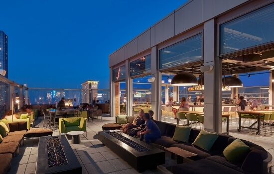 VU SKYWARD ROOFTOP BAR