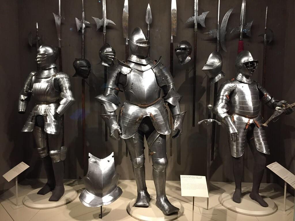 El Instituto de Arte de Chicago cuenta con una basta colección de caballeros medievales.